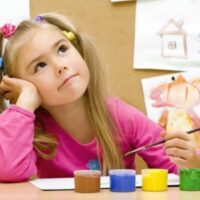 Scientists have explained why a child becomes left-handed