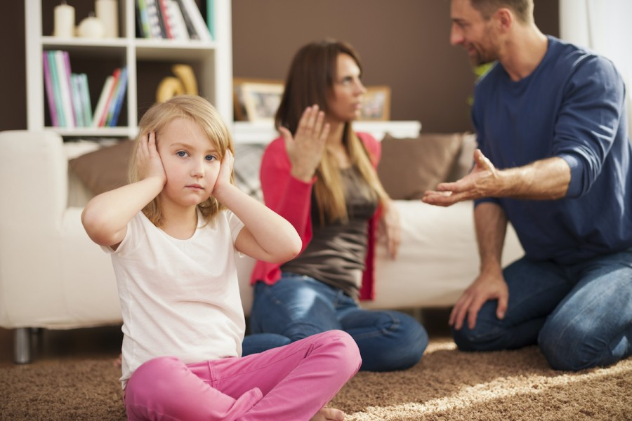"""""""I don't love you"""": 9 things you can't tell children"""