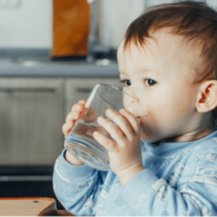 How to teach a child to drink plain water
