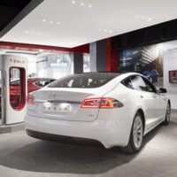 Tesla will close its high-priced showrooms