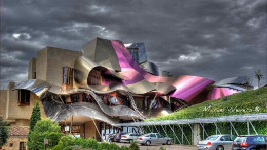 The world's 5 most bizarre hotels