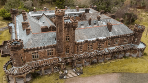 In Scotland, put up for sale a Gothic castle for one pound