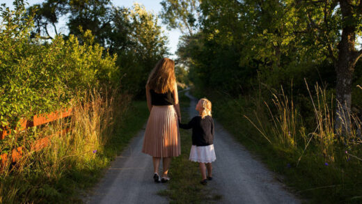How to raise a more confident child: 12 tips from a psychologist