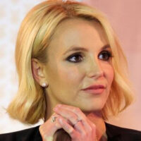 Britney Spears' father is seeking $ 2 million in exchange for her relinquishing custody